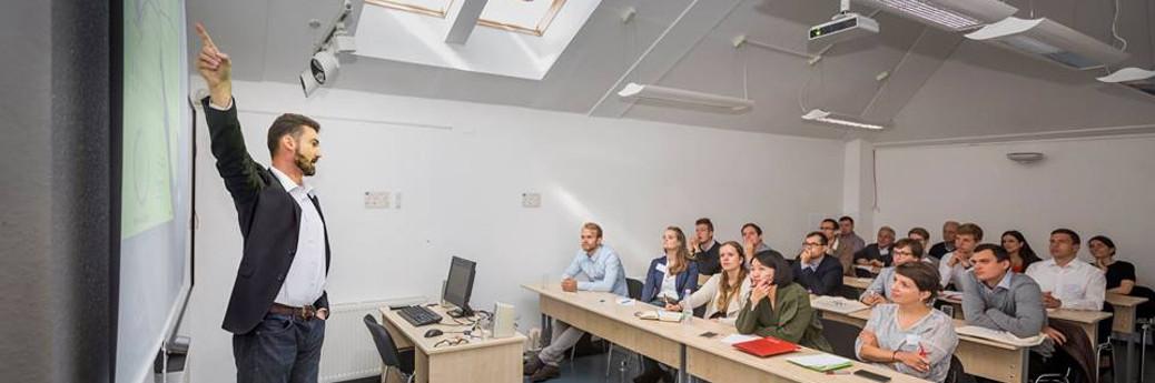 WIR SUCHEN DICH:  Professional, Mittel- oder Osteuropäer als Integrator!